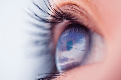 Innovative Techniques for Tissue and Eye Surgery